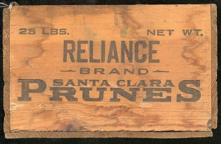 Crate for transporting prunes